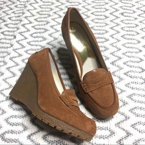 MICHEAL by Micheal Kors Wedge Loafer size 10